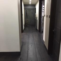 Oak Multilayer Antique Distressed Black Reaction Stain Matt Lacquer